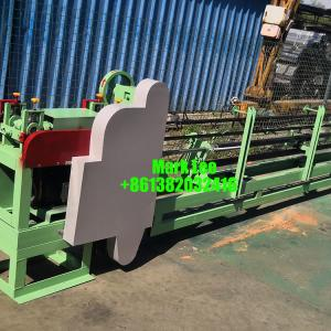 Recovery and recycling quick link packaging wire bale machine